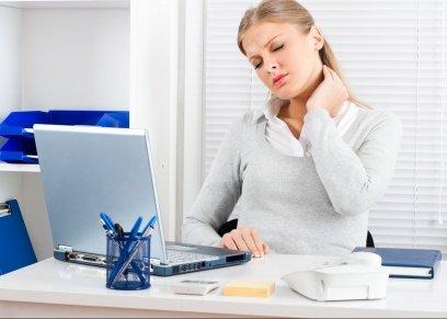 نصائح لتجنب مشاكل الجلوس على المكتب