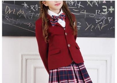طبيب أطفال يوضح عدد القطع المناسبة للطفل عند الذهاب إلى المدرسة