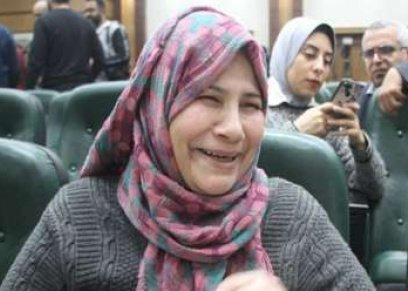 الام المثالية بالقليوبية : توفي زوجها بالسرطان ووصلت ببنتها لبر الأمان