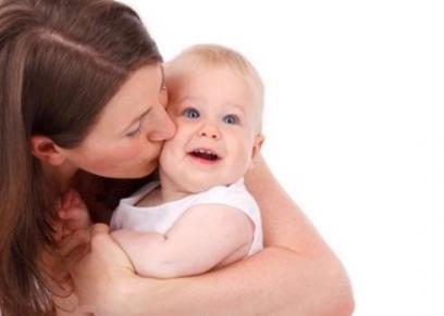 تعامل الأمهات بعطف مع أطفالهن يقلل اصابتهم بالسمنة