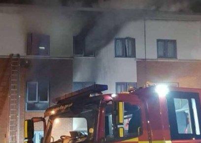 وفاة امرأة في حريق عدة منازل في لندن