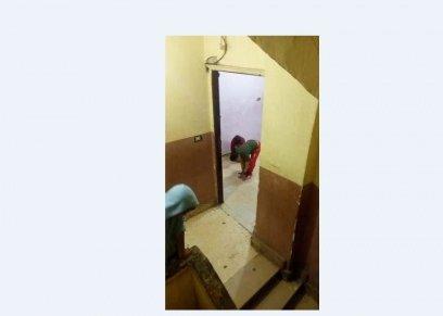 القصة الكاملة لتكبيل طفل بدار الرعاية في الهرم من «يديه وقدمية»