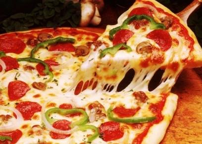 طريقة عمل بيتزا بالفراخ بالصور خطوة بخطوة