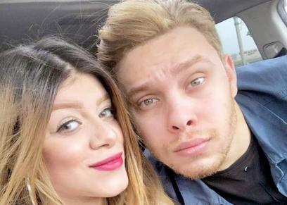 أحمد حسن وزوجته