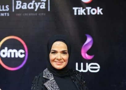الفنانة منى عبد الغني