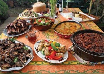 إتيكيت تقديم الطعام في العيد