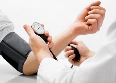 احذر.. 4 عادات خاطئة تؤدي لارتفاع ضغط الدم