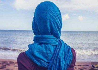 الإفتاء توضح حكم خلع المرأة للحجاب إذا تعرضت للأذى والاعتداء
