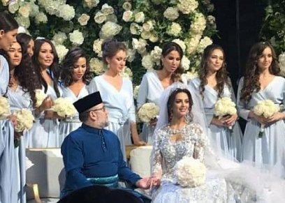 صورة من حفل زفاف ملك ماليزيا السابق وملكة جمال موسكو السابقة