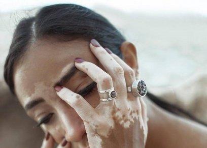 بالصور| تصبغات الجلد جمال طبيعي في أحدث مجموعات المجوهرات المصرية
