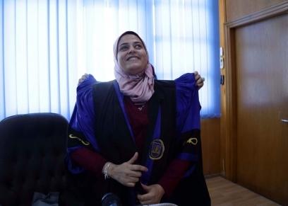 سلوى يوسف كفيفة تبحث عن متطوعين لتحضير الدكتوراة