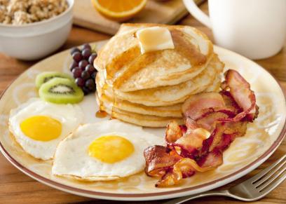 علماء يكشفون العلاقة بين تناول وجبة الإفطار وإنقاص الوزنعلماء يكشفون العلاقة بين تناول وجبة الإفطار وإنقاص الوزن
