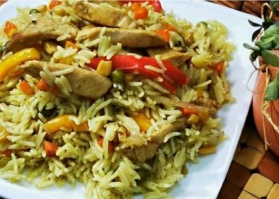 أرز مدخن بالدجاج والخضار