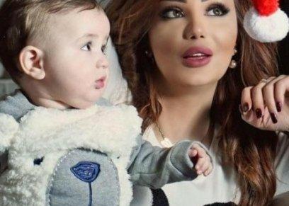دينا هارون وطفلها