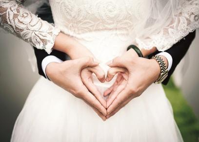 الزواج.. حلم نص الدين من «سُترة» إلى «عملية حسابية معقدة»