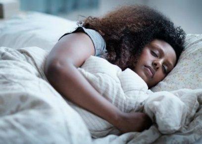 بحث: النوم من 7 لـ9 ساعات يوميا ينقص الوزن
