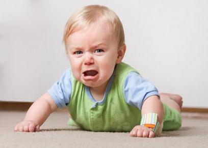 طرق بسيطة تساعد على تهدئة بكاء الطفل