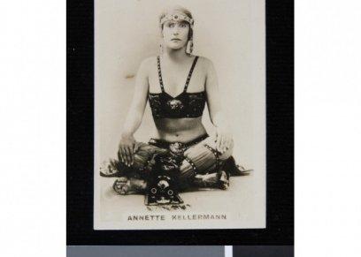 المايوه النسائي عام 1920