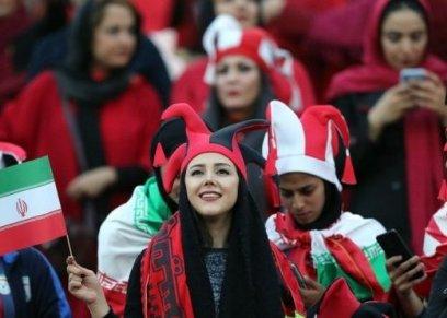 حضور ألف امرأة مباراة كرة قدم في إيران