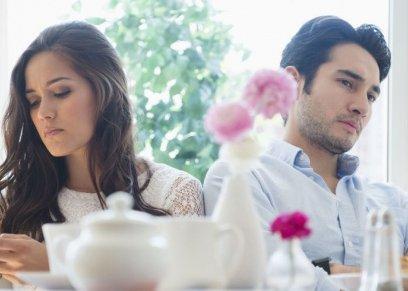 علامات تجعلك تخبرك بان زوجك يحتفل بعيد الحب مع اخرى