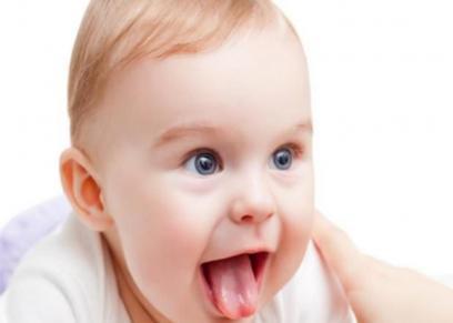 علاج فطريات الفم عند الأطفال