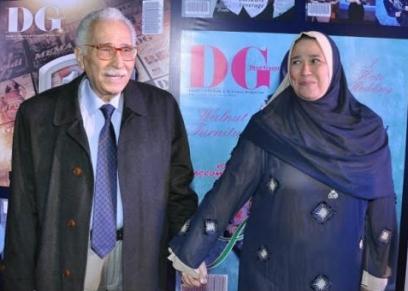 عبدالرحمن أبو زهرة وزوجته الراحلة