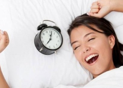 كيف تجعلين طفلك يستيقظ مبكرا للمدارس بدون صعوبة