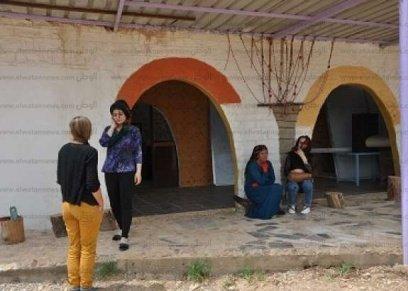 نساء في القرية