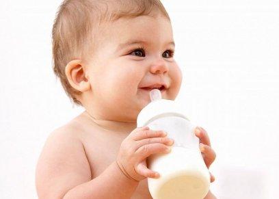 أهم فحوصات الرضيع بعد الولادة