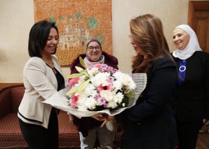 مايا مرسى تتوجه لوزارة التضامن لتهنئة غادة والى بمنصبها فى الأمم المتحدة
