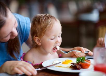 الطعام الصحي لطفلك الصائم في شهر رمضان