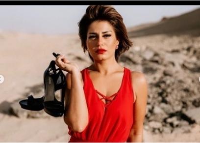 منة فضالي تخضع لأحدث جلسة تصوير وسط الصحراء