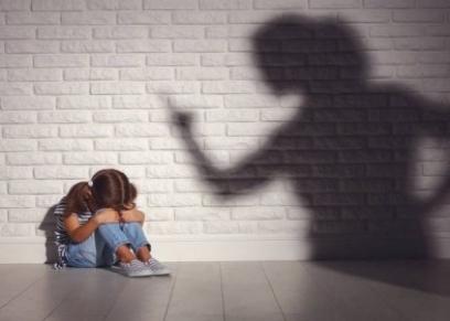 مشاكل نفسية تضر بالأطفال عند الطلاق