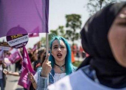 في يومها العالمي.. تركيا تواصل انتهاكاتها ضد المرأة