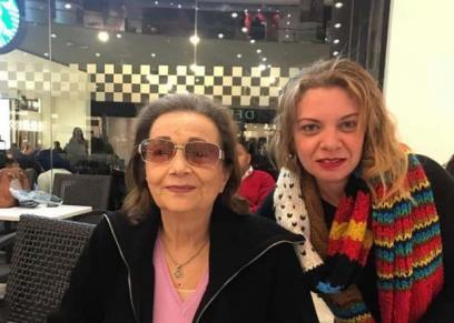 سوزان مبارك مع