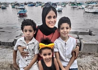 مها البدري وأطفالها