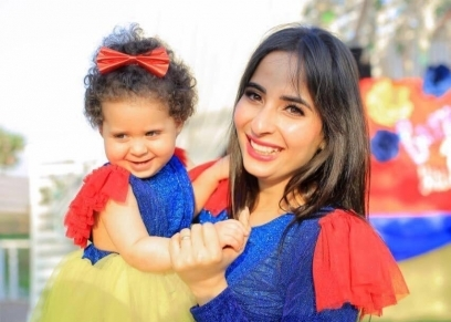 ياسمين وابنتها