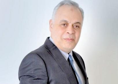 الفنان أشرف زكي