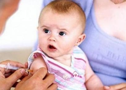 نصائح عند خروج الأطفال للتطعيم في ظل كورونا