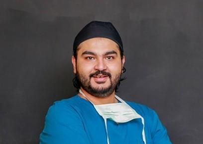 محمود ماضي طبيب العيون