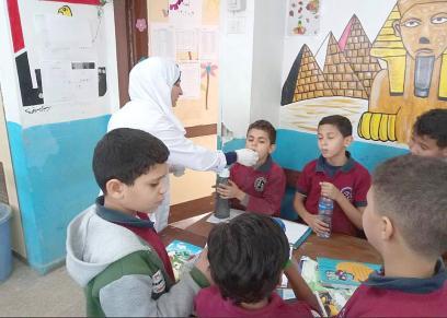تطعيم تلاميذ المدارس - صورة أرشيفية