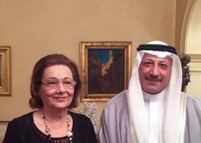 بالصور| أحدث ظهور لسوزان مبارك وزوجها ونجليها برفقة شاعر سعودي