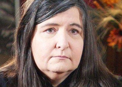نسيت آخر 40عامًا من عمرها.. سيدة أمريكية تفقد ذاكرتها بسبب
