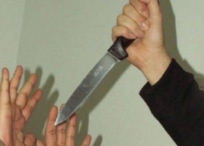 شاب يقدم على قتل صديقته طعنًا بالسكين