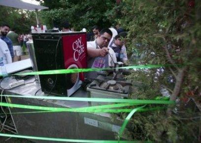 أول مقهى في سوريا موظفوه من المصابين بمتلازمة داون