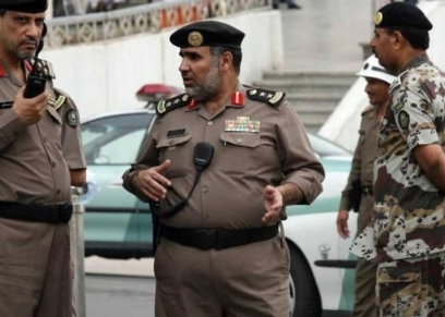 النيابة السعودية تحرك دعوى جزائية ضد أب عنف ابنه