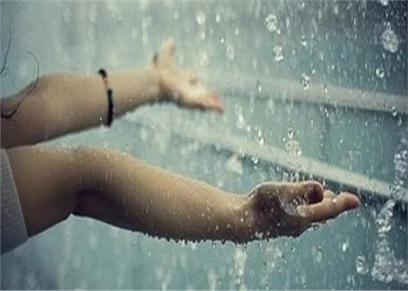 الأدعية الواردة وقت سقوط الأمطار