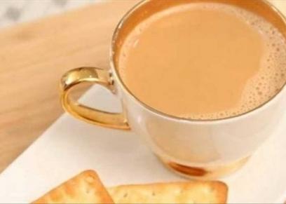الشاي بالحليب