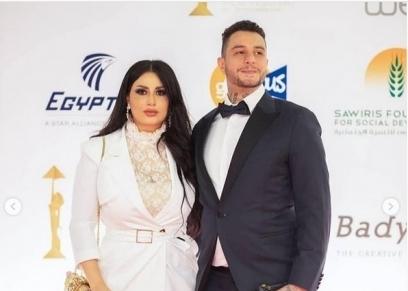 الفنان أحمد الفيشاوي وزوجته