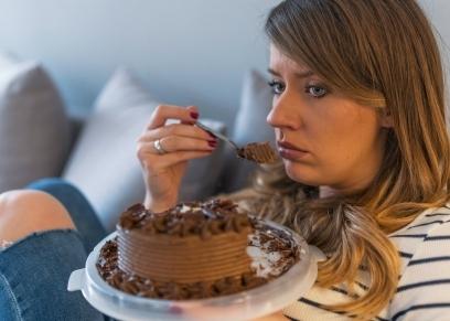 أطعمة وفيتامينات تقلل من الاكتئاب